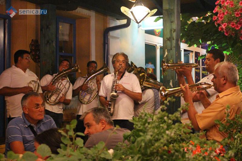 Съезд трубачей в Гуче