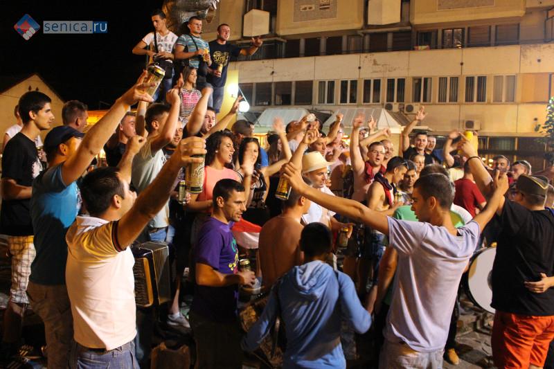 Сербия, молодежь, наркотики, дискотеки