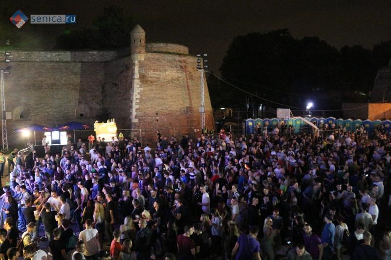 Рейв-фестиваль в Белграде