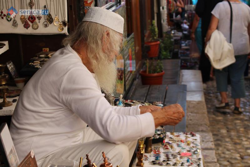Продавец-мусульманин в Мостаре