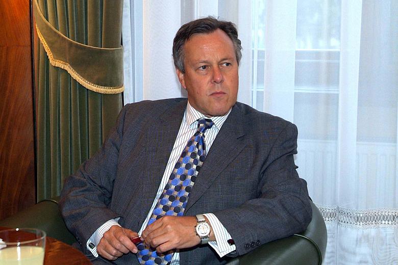 """Чарльз Кроуфорд, бывший посол Великобритании в Сербии: """"Косово уготована участь Палестины: сумеречная зона без места в ООН"""""""