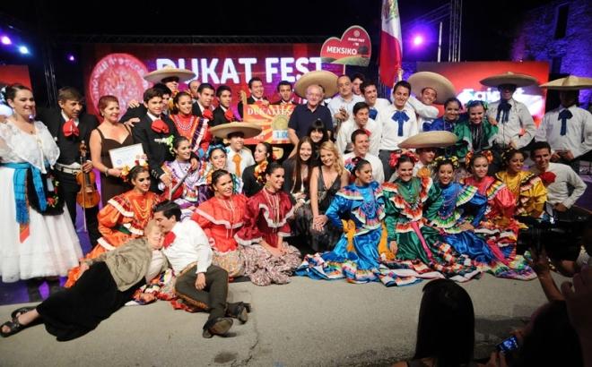 «Дукатфест» приглашает к участию русские фольклорные ансамбли танца